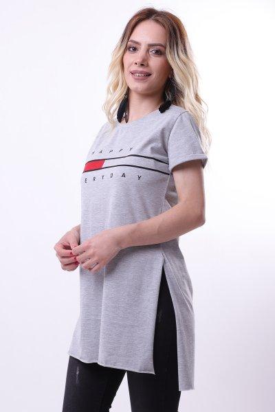 Ön Yazılı Yırtmaçlı T-shirt