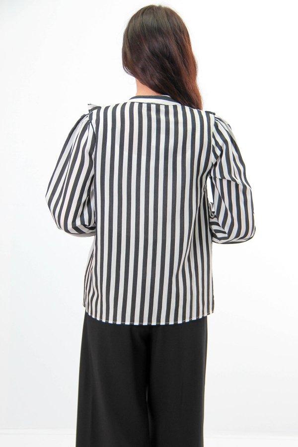Yakası Dantel Detaylı Çizgili Gömlek 23628