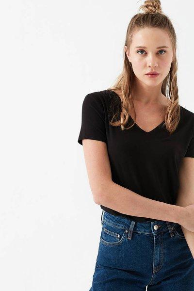 Mavi Kadın V Yaka Siyah Modal T-shirt 167715-900